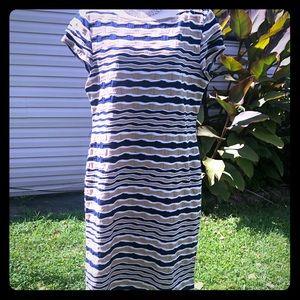 Sharagano Tan/ Navy Blue Dress. 👗